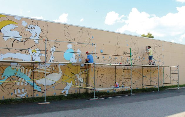 Two more murals near completion in Murray Hill